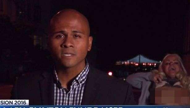 Video: Gazetari raportonte, ajo nxirrte gjoksin jashtë